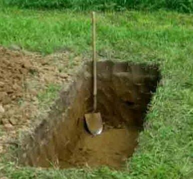 копка могилы.jpg