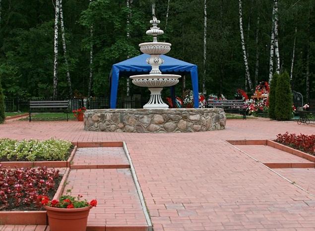 Востряковское кладбище3.JPG