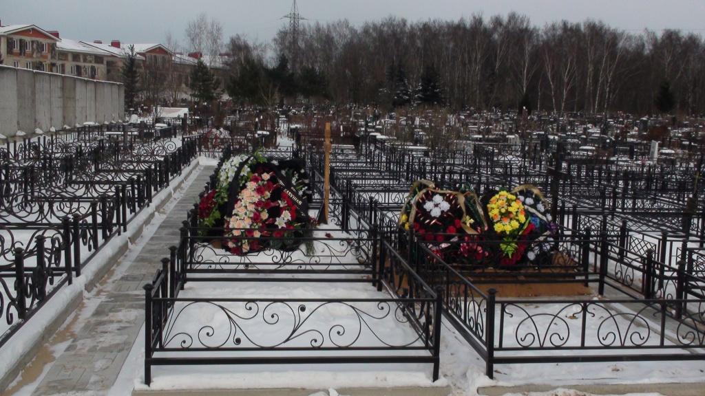 Токаревское кладбище